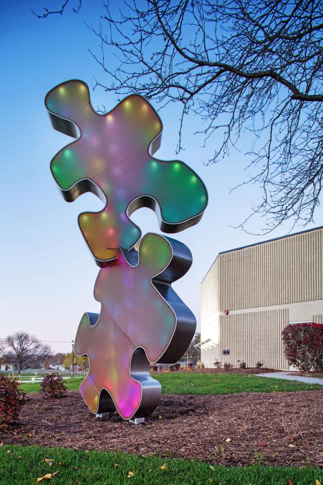 puzzle piece light structure